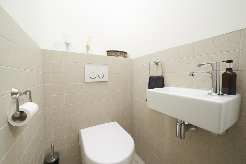Amsterdam--vastgoed-appartement-fotograaf-badkamer-1-tobiasmedia_nl