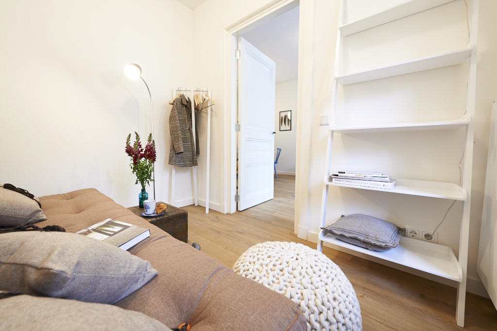 Amsterdam--vastgoed-appartement-fotograaf-slaapkamer-1-tobiasmedia_nl
