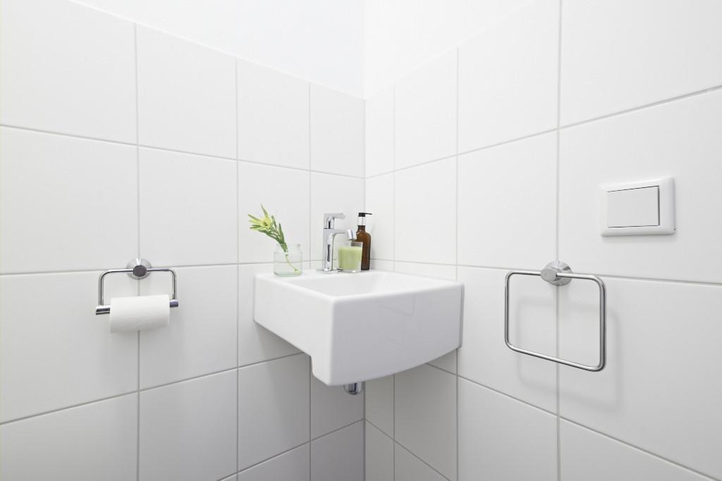 Amsterdam-vastgoed-appartement-fotografie-wc-1-tobiasmedia_nl