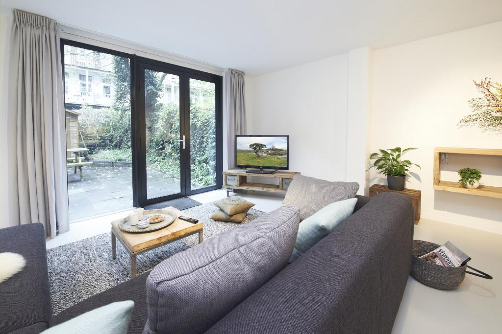 Amsterdam-vastgoed-appartement-fotografie-woonkamer-3-tobiasmedia_nl
