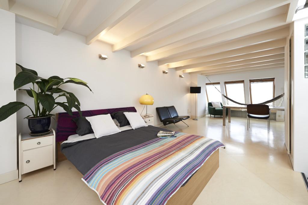 Amsterdam-vastgoed-fotograaf-appartement-slaapkamer-2-tobiasmedia_nl